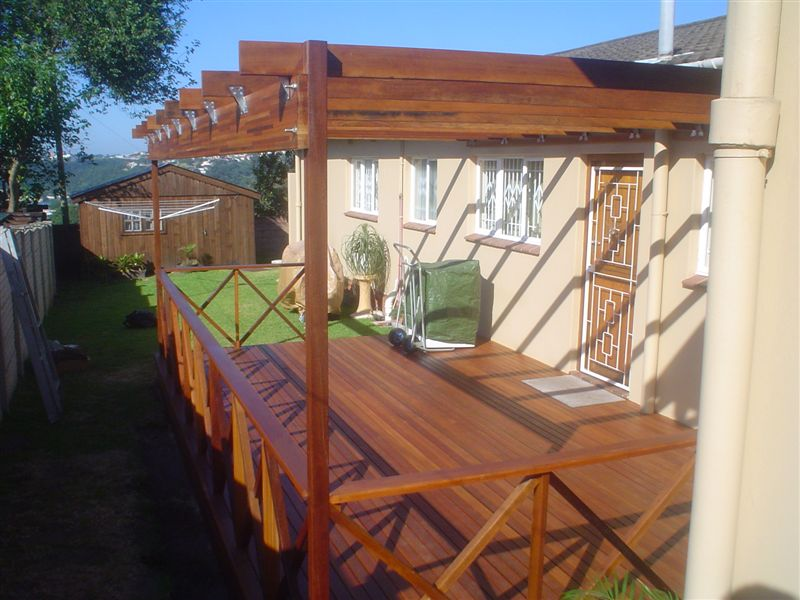 Wooden Decking, Pergolas, Balustrades, Stairs, Walkways, Jacuzzi Cladding, Screens and Bridges Durban