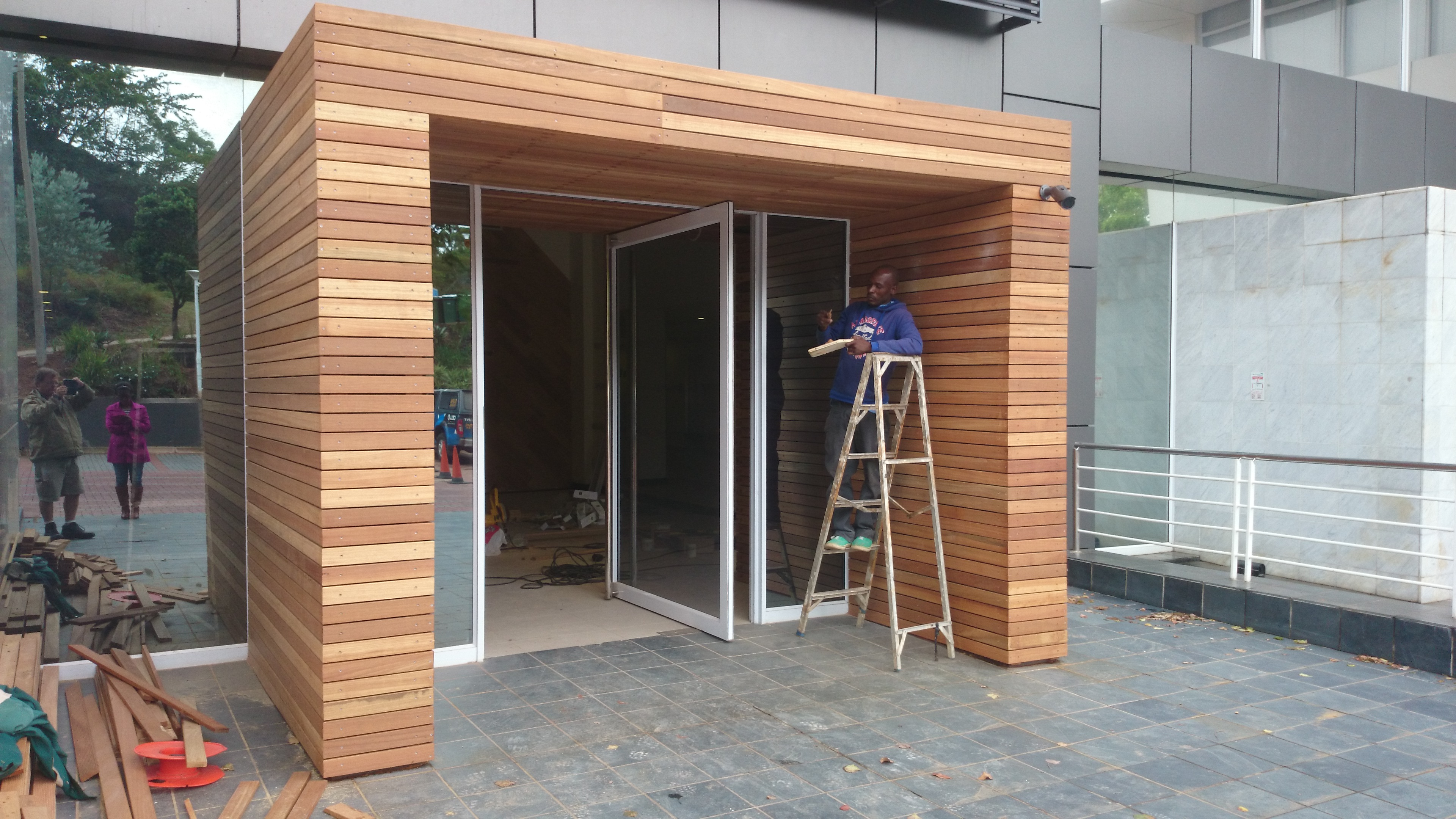 Balau Cladding Or Screening The Wood Joint