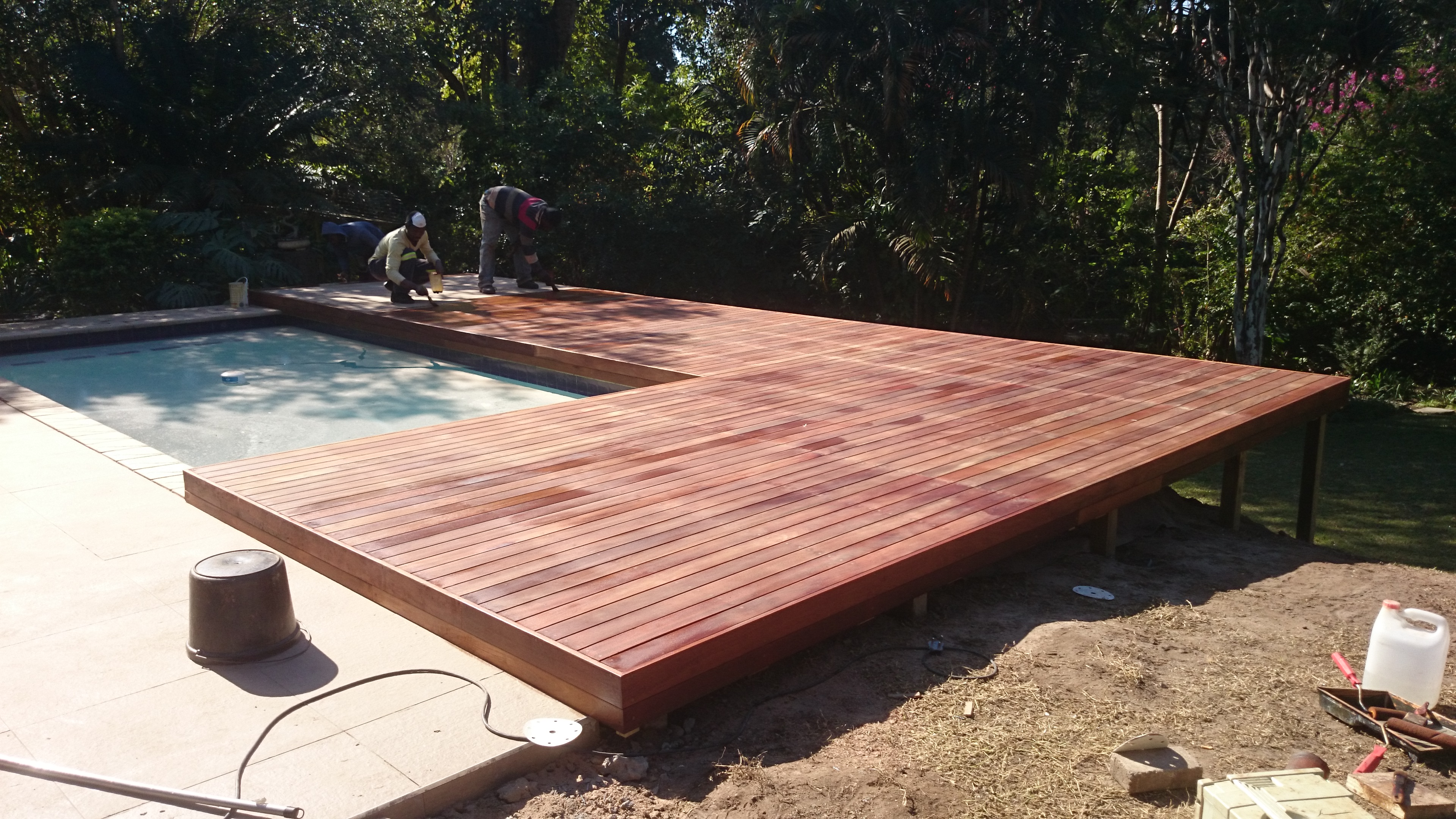 Upper highway the wood joint wooden decks and floors for Sundeck flooring