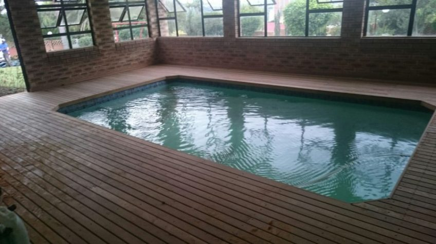 Wooden Pool Deck Estcourt March 2016 2