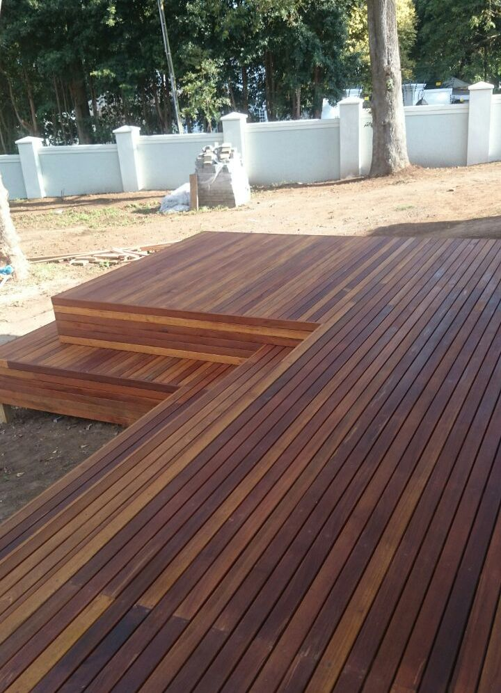 20 Timber Decking Designs That Can Append Beauty Of Your: Wooden Yellow Balau Deck
