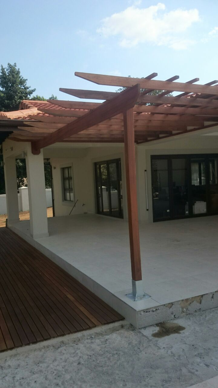 20 Timber Decking Designs That Can Append Beauty Of Your: Wooden Pergola Kloof