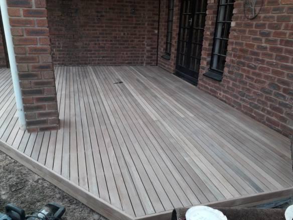 Timber deck HIllcrest