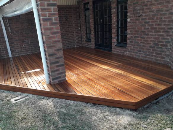 Timber deck HIllcrest